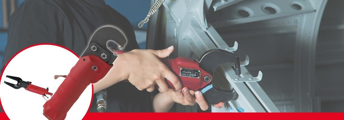 Desoutter Tools designed a complete range of pneumatic compression tools for automotive and aeronotic industries. Ask for a quote or a demonstration!