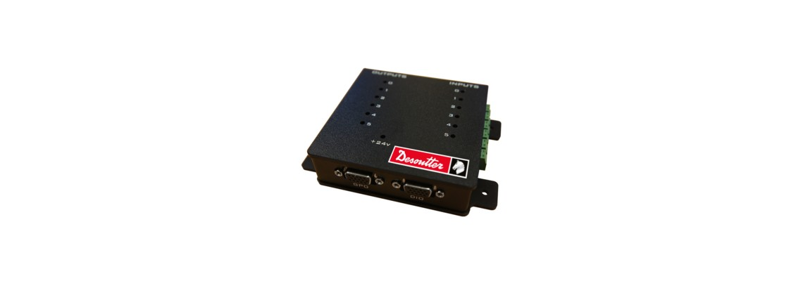 Easy I/O box for connecting station devices<br/>